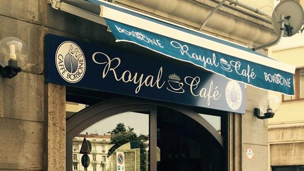 royal cafè-2