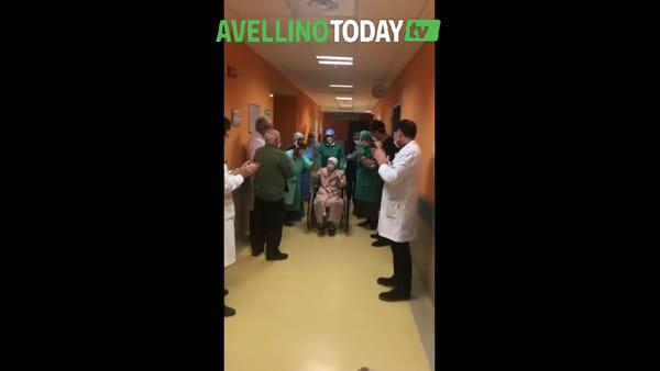 Coronavirus, il miracolo: anziana suora 83enne guarisce e lascia il Moscati