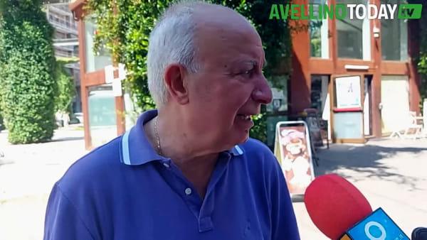 """Coronavirus, l'ex senatore Enzo De Luca: """"Menomale che avevamo questo Presidente della Regione"""""""