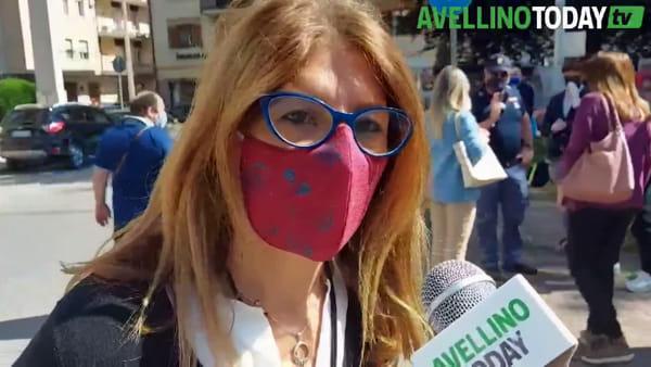 """La protesta degli avvocati davanti al Tribunale: """"Il virus aggredisce soltanto noi"""""""