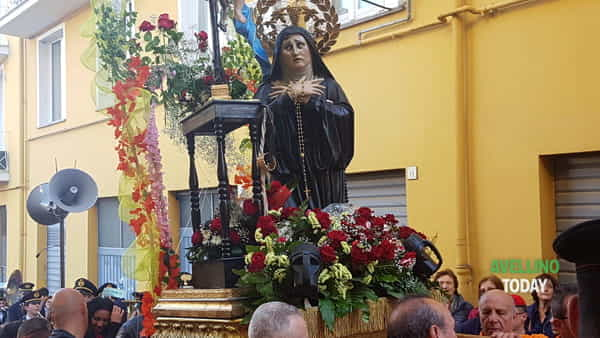 Festa Santa Rita, le immagini e i video della processione