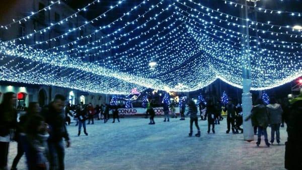 Natale ad Atripalda: mercatini, musica e pattinaggio sul ghiaccio