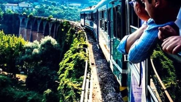 Irpinia Express, si parte sul treno delle tre Docg